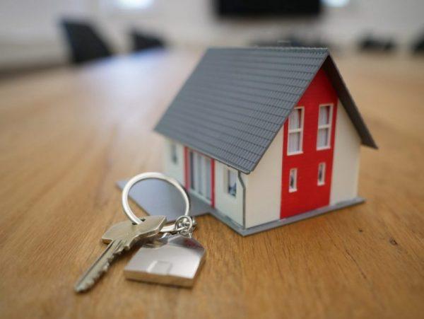 Budowa domu jednorodzinnego – koszty i formalności